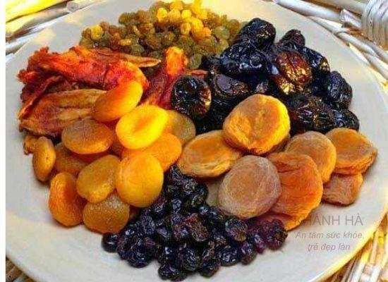 ăn hoa quả sấy khô có giảm cân được không?
